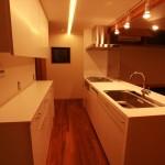 動線と収納が機能的なオーダーキッチン