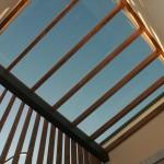 陽光を贅沢に取り込んだ中庭の天窓